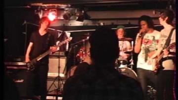 ÖKV Play - Livemusik: Awakened by sirens