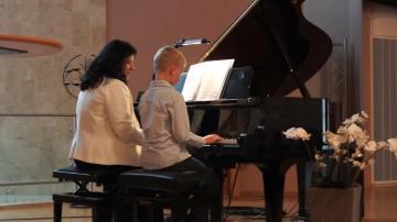 Pianisten Marly Azevedo Andersson ger Vårkonsert med elever