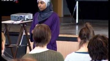 ÖKV Play - En fråga om heder: Najla Ahmed från systerjouren Somaya, del 1