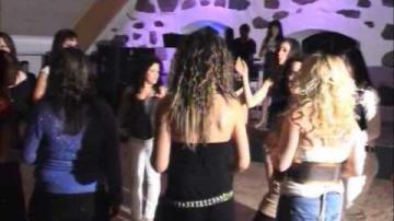 ÖKV Play - Albanska kvinnor firar kvinnodagen