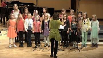 Ellen & Lisa på upptäcksfärd - en musiksaga för stora och små